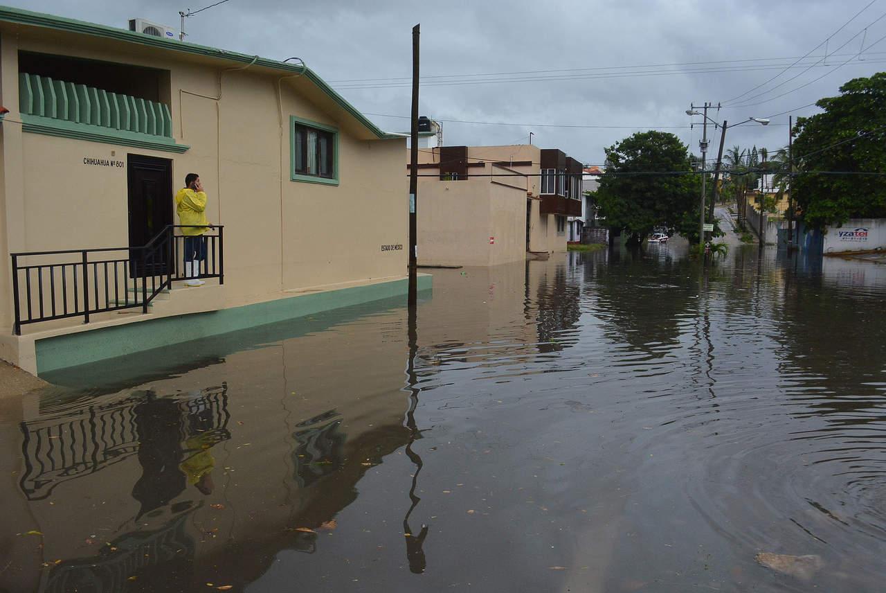 Declaran emergencia en 13 municipios de Veracruz por lluvia