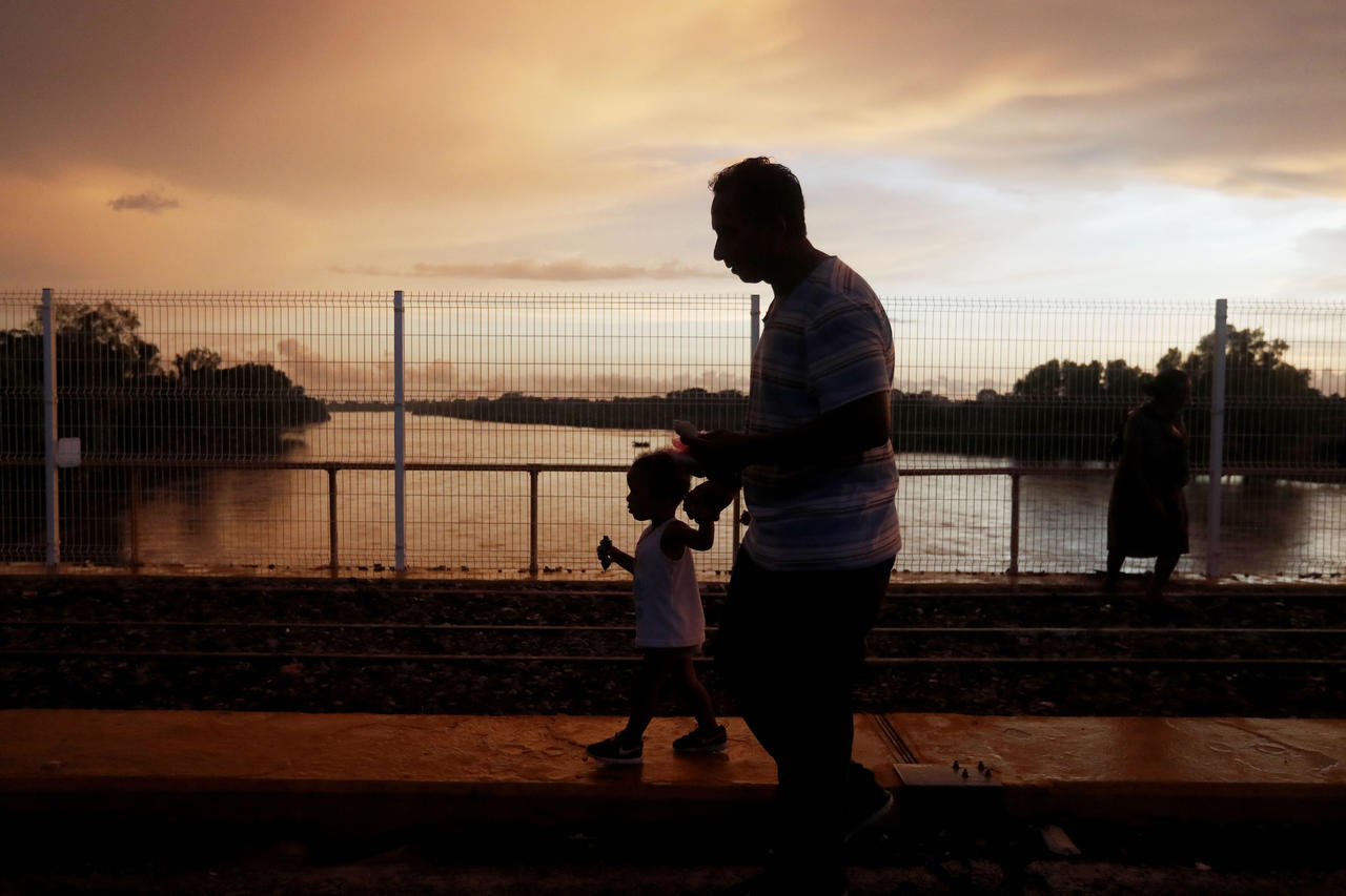 Unicef pide proteger a los niños migrantes. Noticias en tiempo real