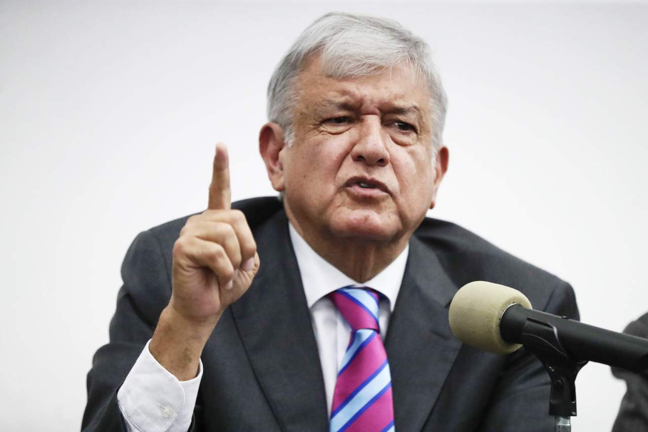 AMLO se distancia de IP