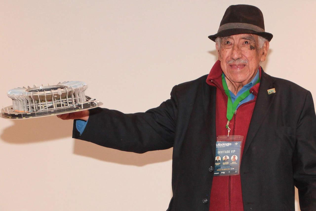 Melquiades Sánchez, voz del Azteca, fallece a los 90 años. Noticias en tiempo real