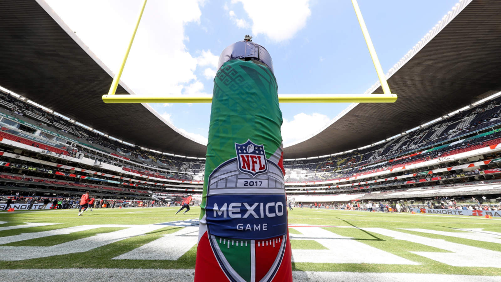 a5fc021748dd8 Abaratan productos de NFL tras cancelación de partido en México