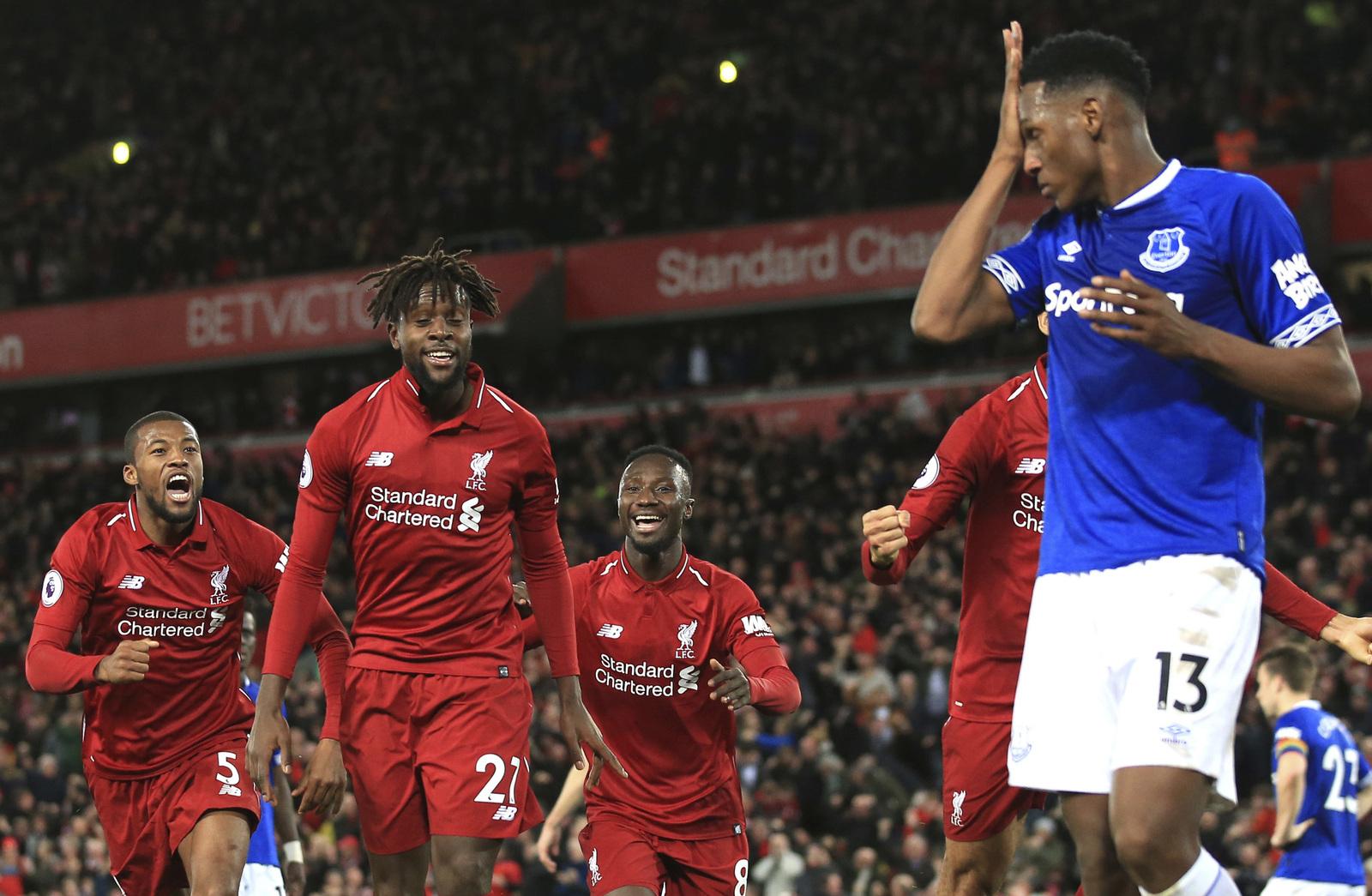 Gol extraño da a Liverpool el 'derbi de Merseyside', El Siglo de Torreón