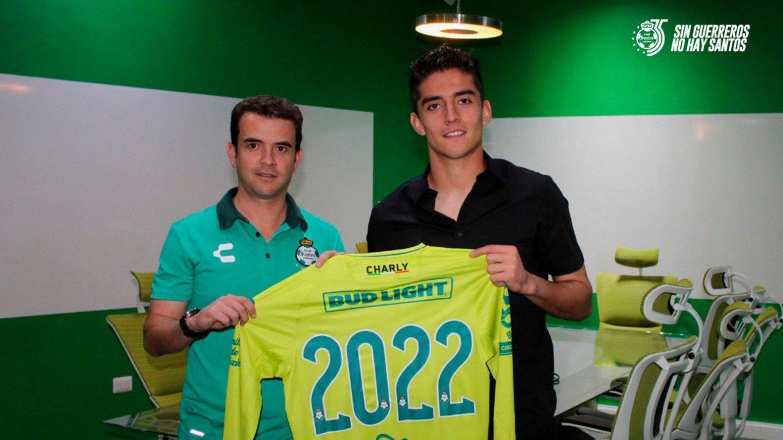 Renueva Acevedo con Santos hasta 2022