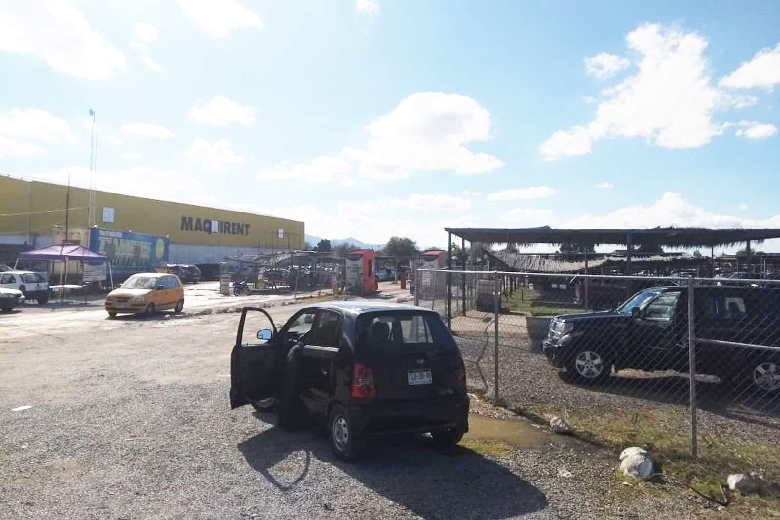 d2b0a18ec Fallece por causas naturales en Tianguis del Auto, El Siglo de Torreón