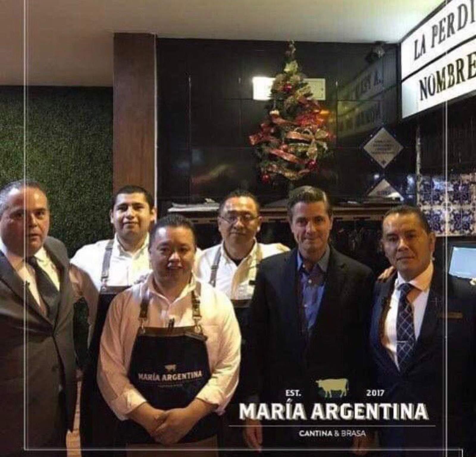 Reaparece EPN en restaurante argentino en Metepec
