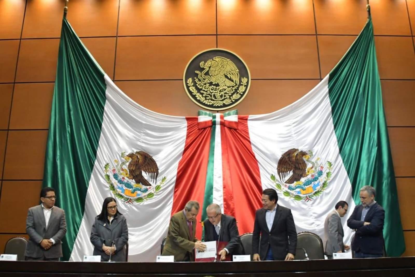 Muñoz Ledo urge a diputados analizar Paquete Económico 2019