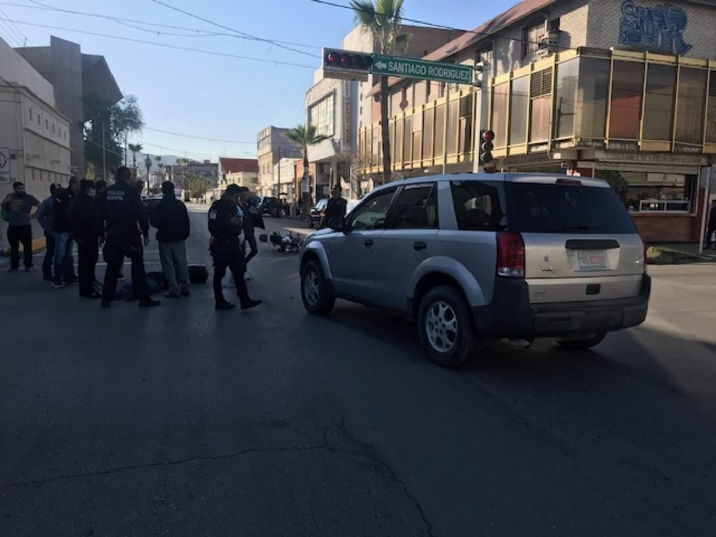 Camioneta de procedencia extranjera arrolla a motociclista. Noticias en tiempo real