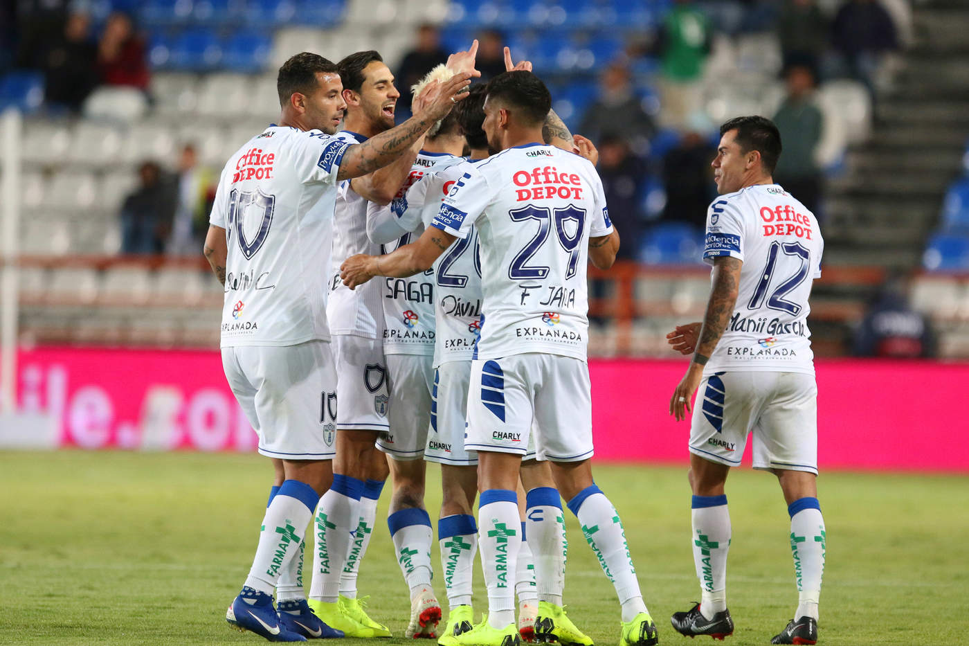 pachuca vence a quer taro en la fecha dos de la liga mx el siglo de torre n. Black Bedroom Furniture Sets. Home Design Ideas