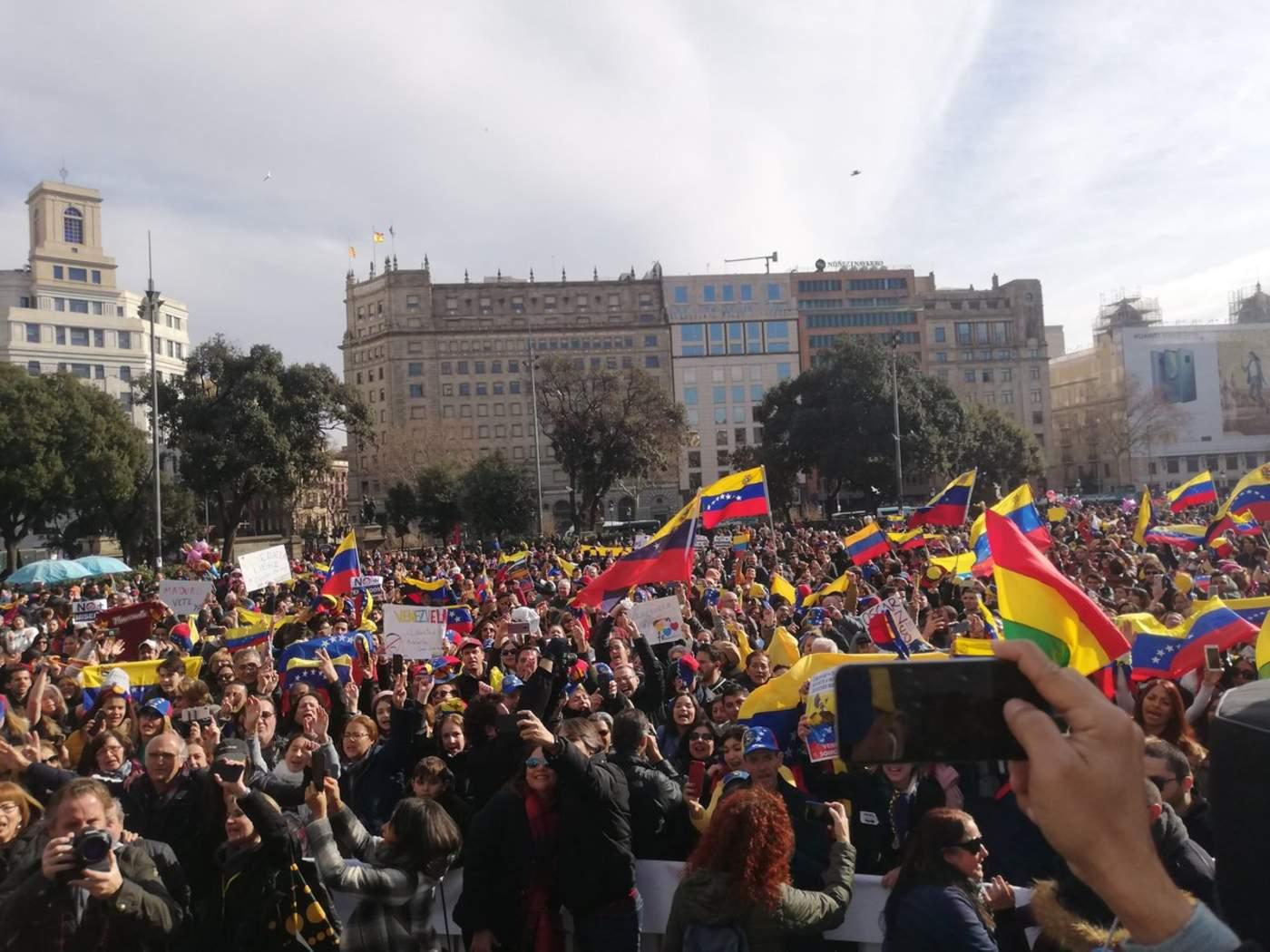 Expresan apoyo a Guaidó en Barcelona. Noticias en tiempo real