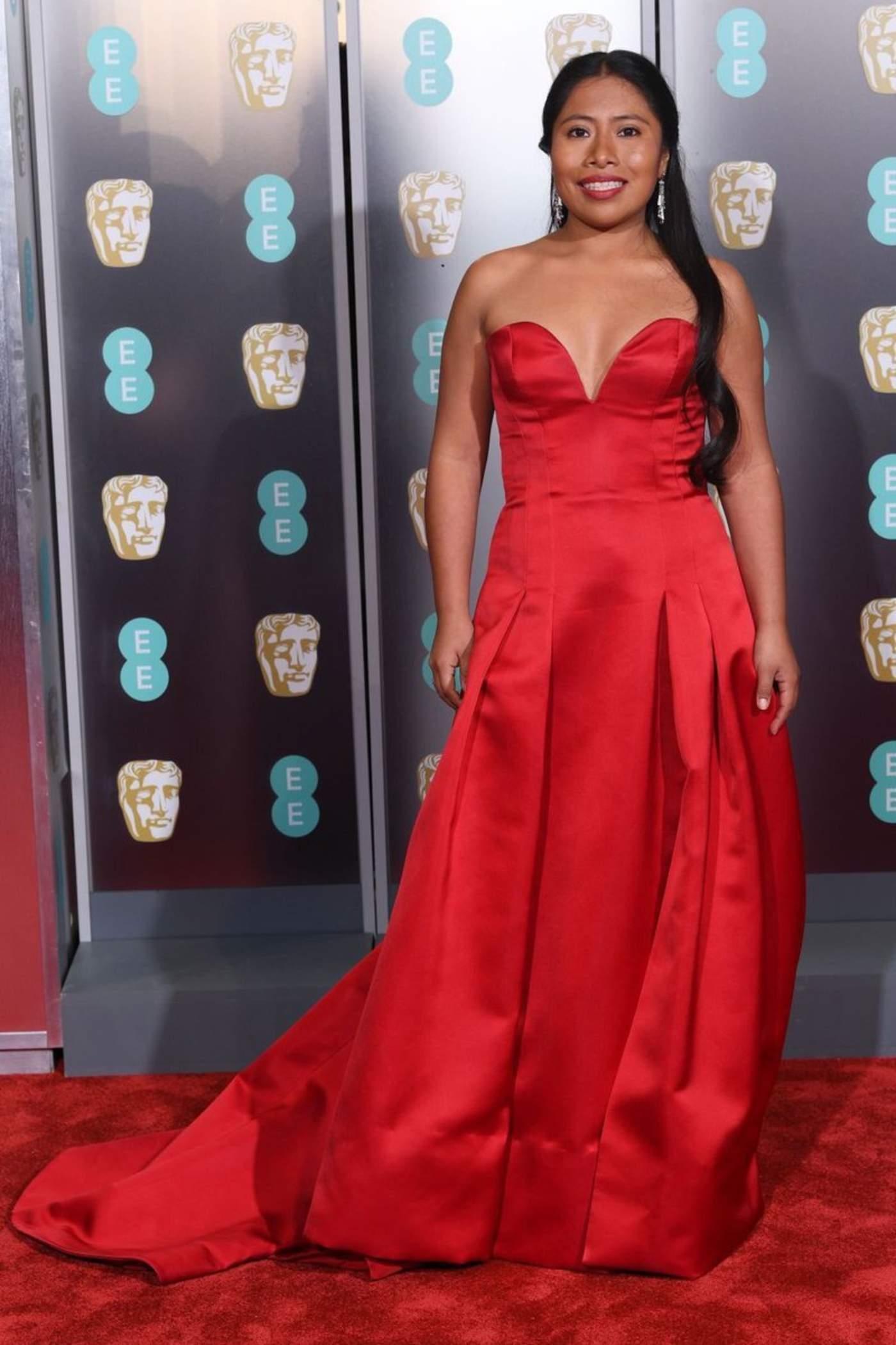 Mexicanos deslumbran en alfombra de los BAFTA. Noticias en tiempo real