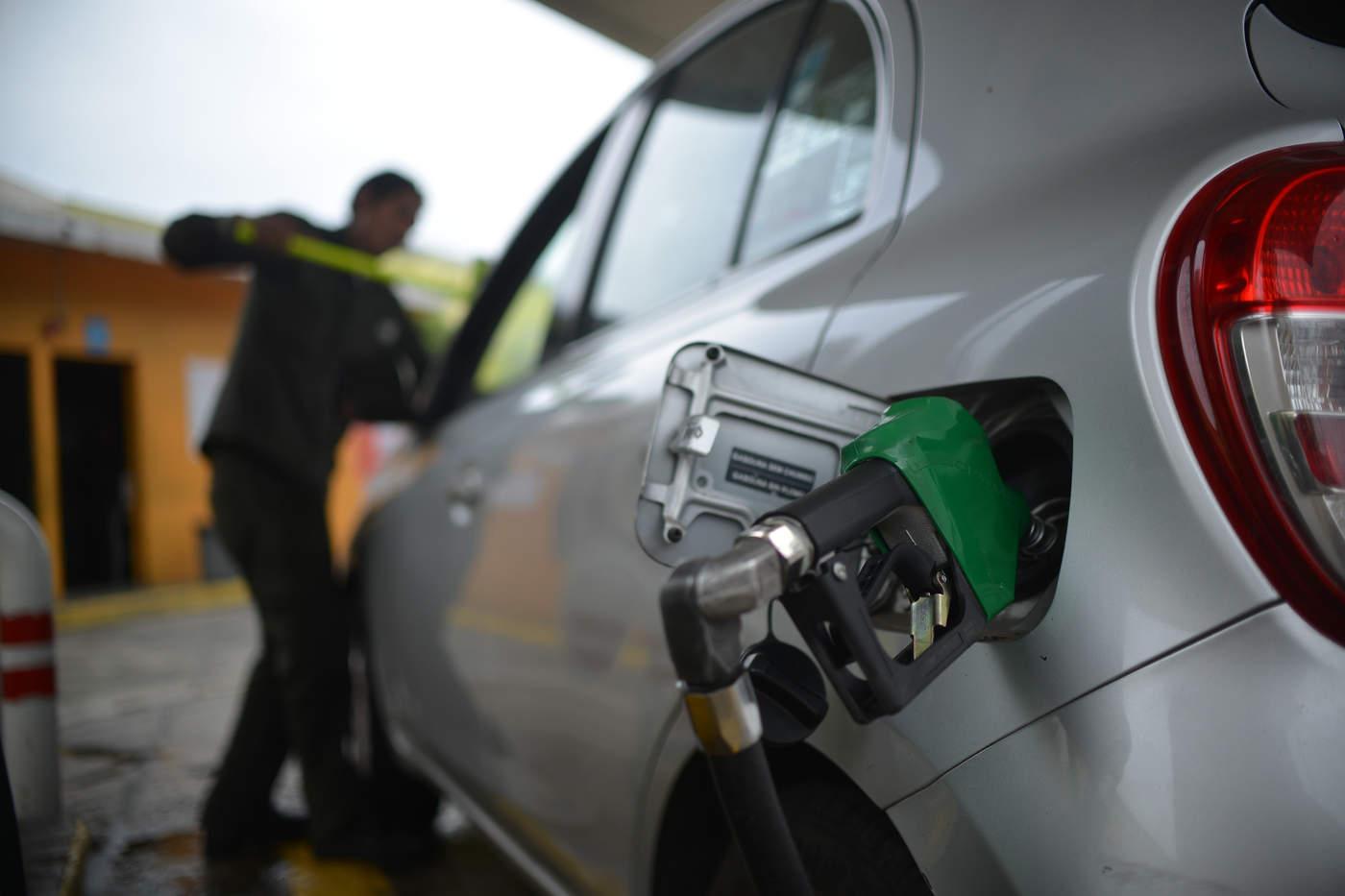 Reportan escasez de combustible en gasolineras de la periferia de GP