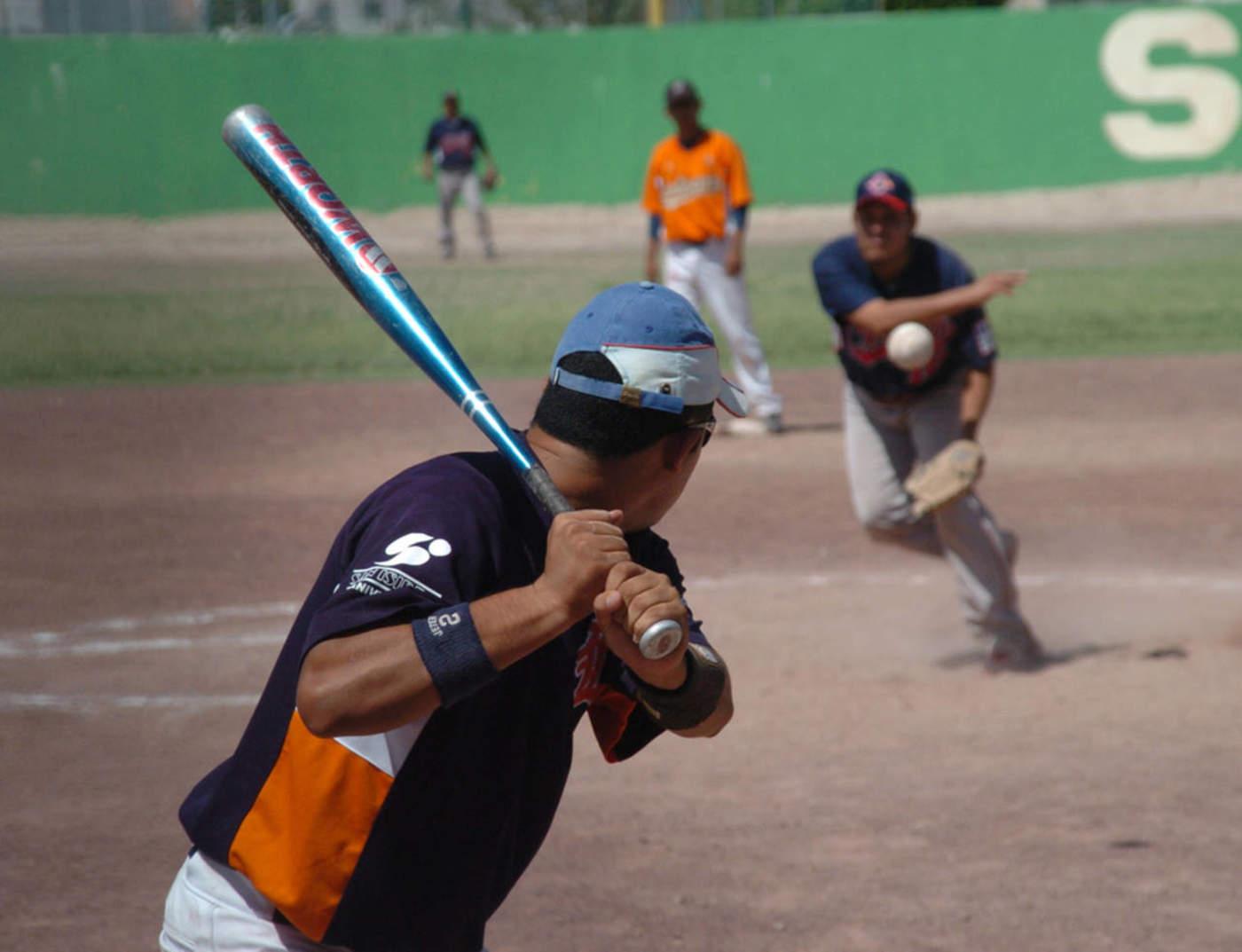 Feria de batazos en softbol Magisterial. Noticias en tiempo real