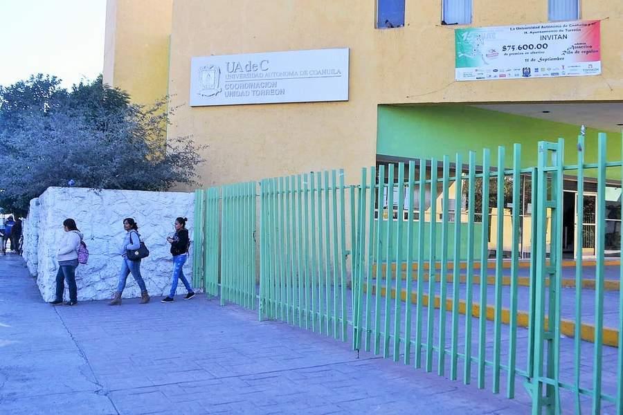 Suspenden clases en UAdeC Torreón por supuesta amenaza armada. Noticias en tiempo real