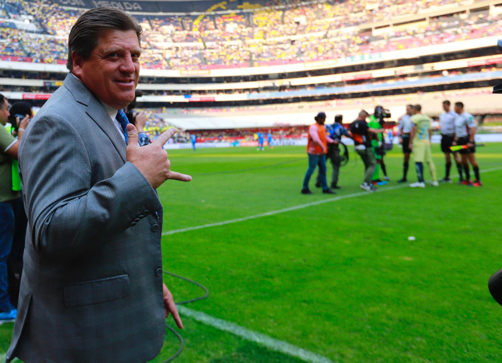 'La Volpe marcó mi trayectoria', dice Miguel Herrera