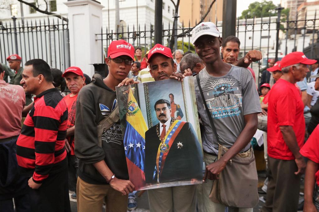Asegura Pompeo que Maduro estaba listo para dejar Venezuela y Rusia lo impidió. Noticias en tiempo real
