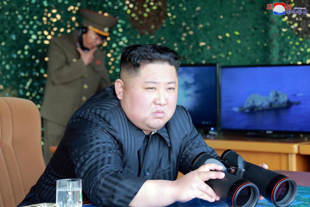 Kim Jong-un supervisa simulacro de ataque con nuevas armas. Noticias en tiempo real
