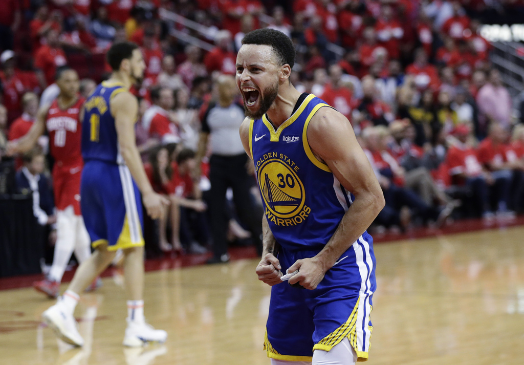 Triunfan los Warriors y avanzan a final del Oeste