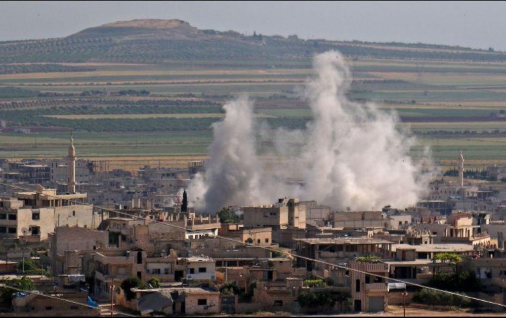 Atacan campo de refugiados en Siria