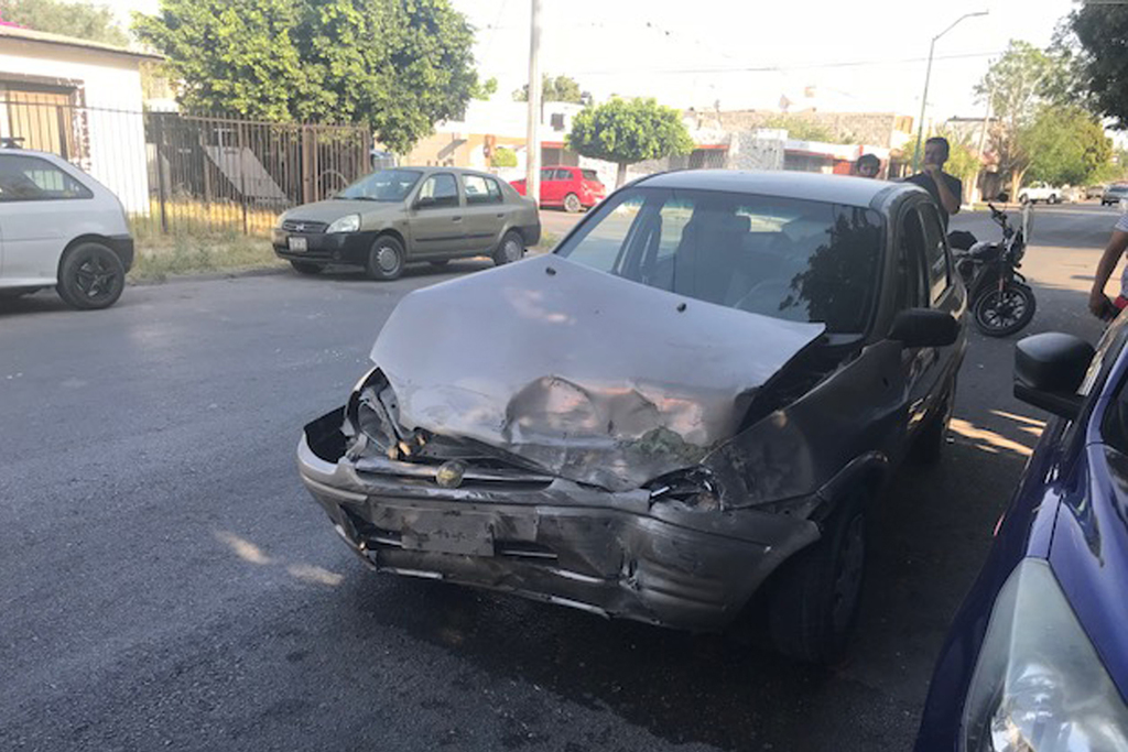 Registran aparatoso accidente en Gómez Palacio