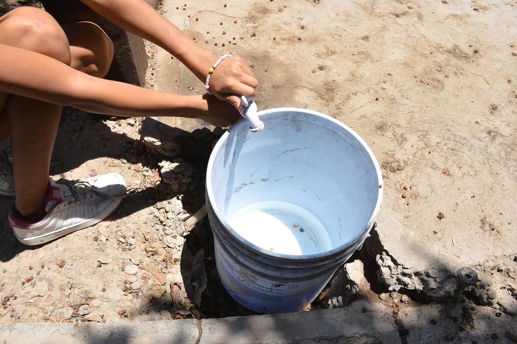 Fallas dejan sin agua a colonias