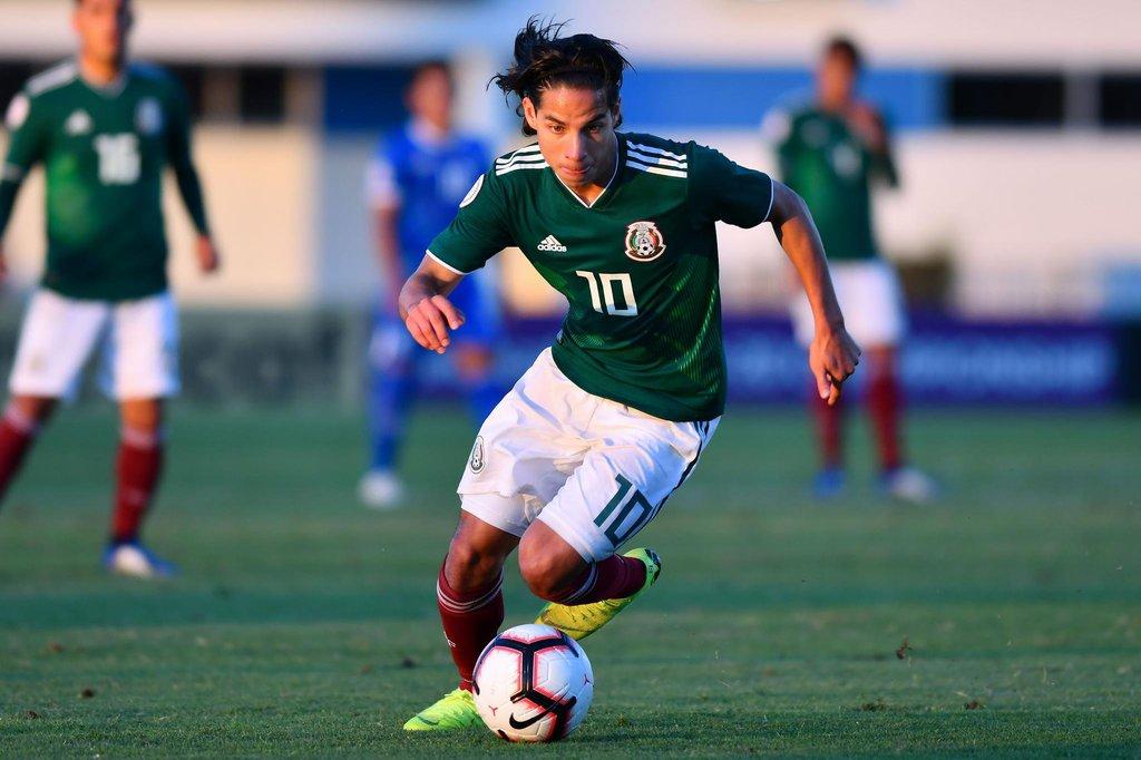 Diego Lainez reporta con el Tri Sub-20
