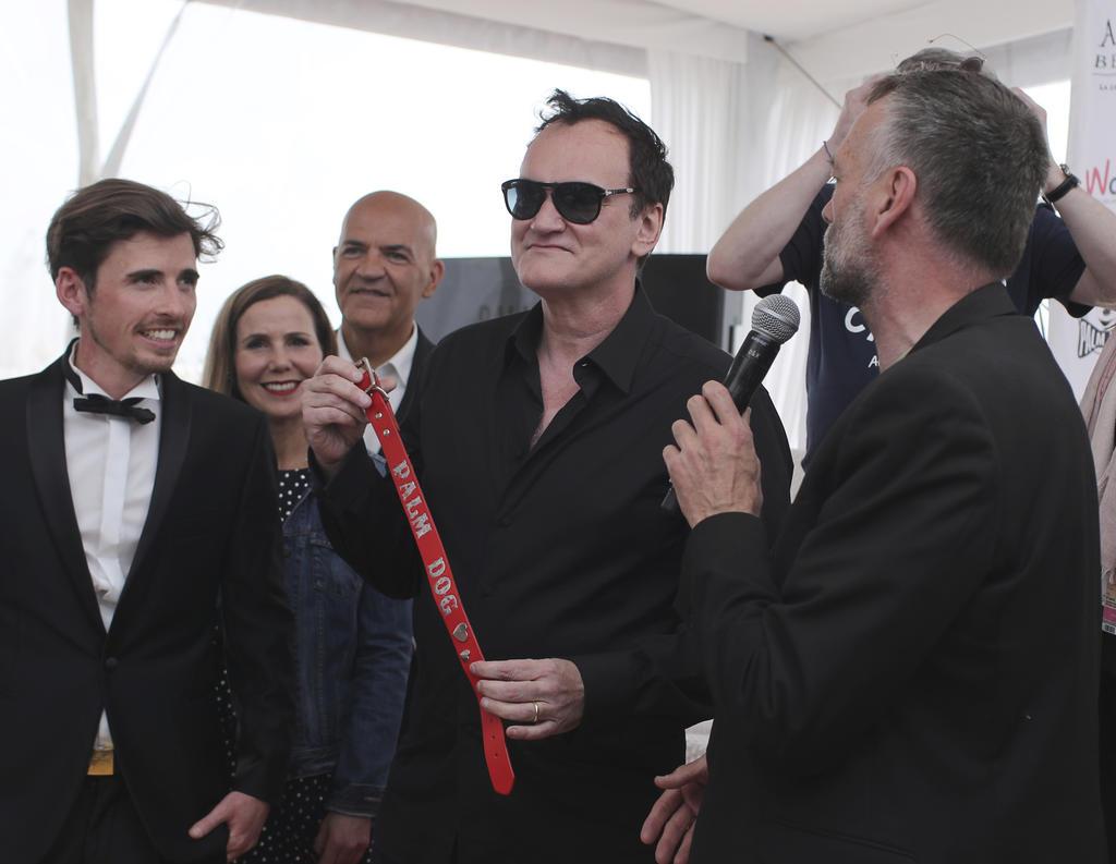 Tarantino se alzó con el premio Palm Dog, que se entrega anualmente a los astros caninos. (AP)