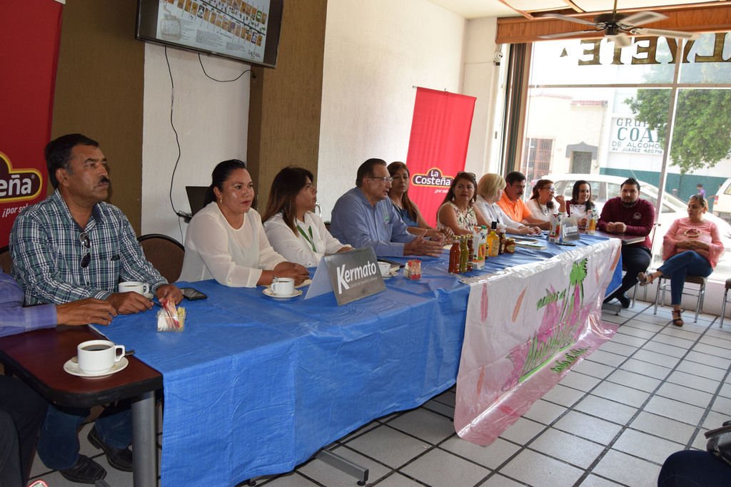 En rueda de prensa autoridades y organizadores dieron a conocer los detalles sobre el Festival del Melón. (MARY VÁZQUEZ)