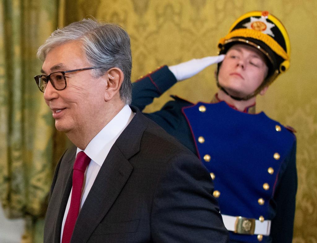 Actual gobernante gana las presidenciales de Kazajistán, según sondeos. Noticias en tiempo real