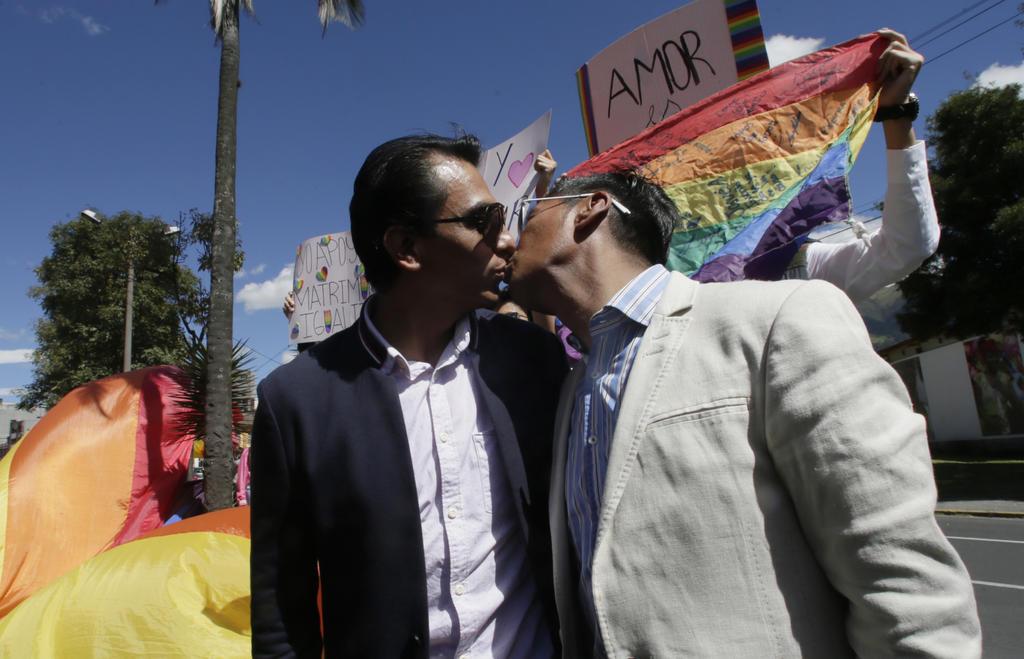Corte Constitucional de Ecuador aprueba matrimonio gay. Noticias en tiempo real