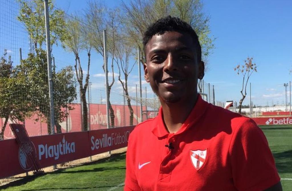 Sevilla Atlético comunica a Santos fin de vínculo con Joao Maleck. Noticias en tiempo real