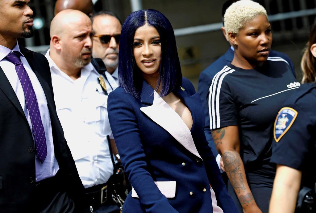 Cardi B se declara inocente de cargos por riña en club nudista. Noticias en tiempo real