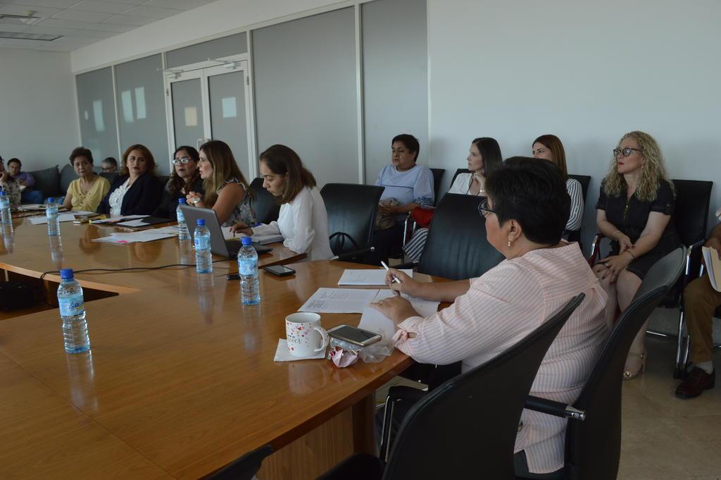 DIF Torreón ha destinado tres veces mas presupuesto a Servicios Personales. Noticias en tiempo real