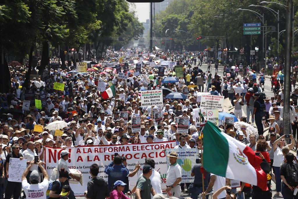 En una segunda protesta contra el Gobierno de López Obrador se aglutinó más gente que en la primera manifestación. (NOTIMEX)