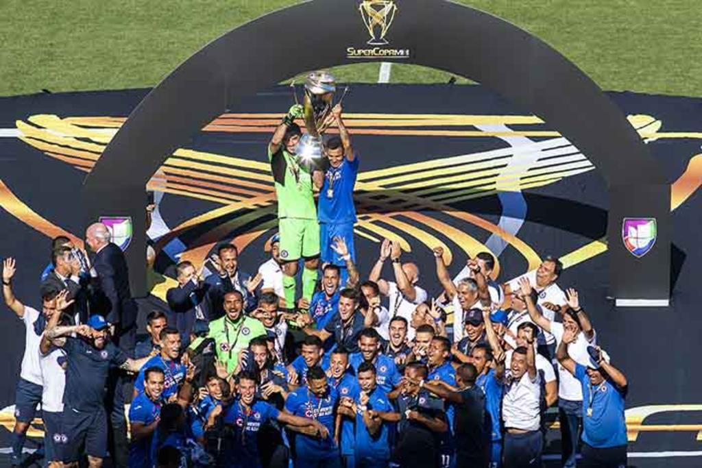 Cruz Azul pita y gana la Supercopa MX. Noticias en tiempo real