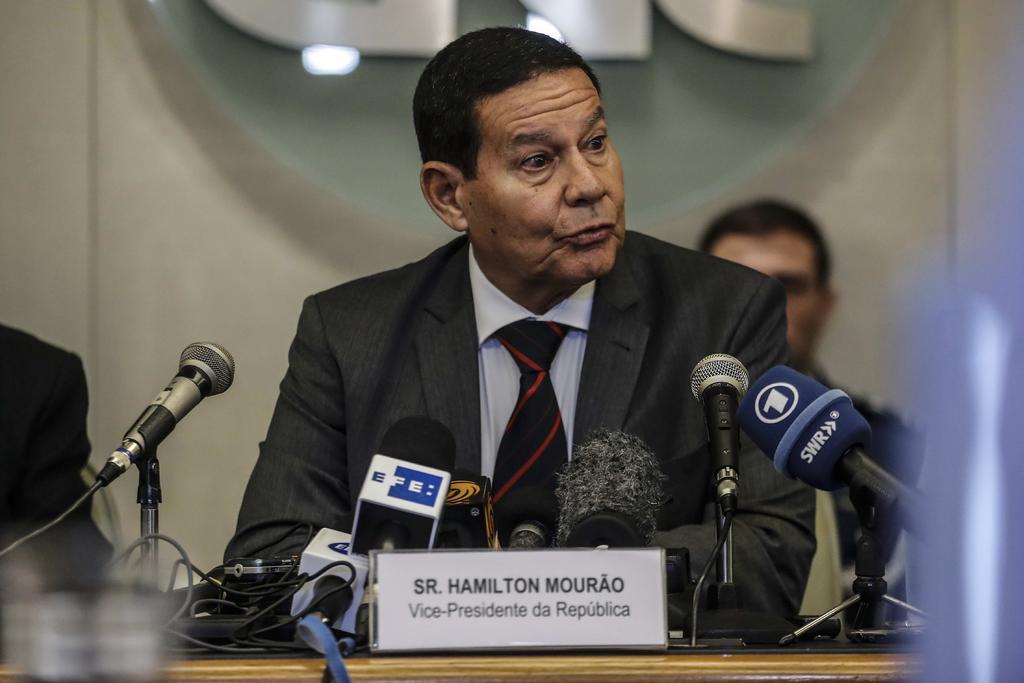 Designación de hijo de Bolsonaro se cumple, no se discute: vicepresidente. Noticias en tiempo real
