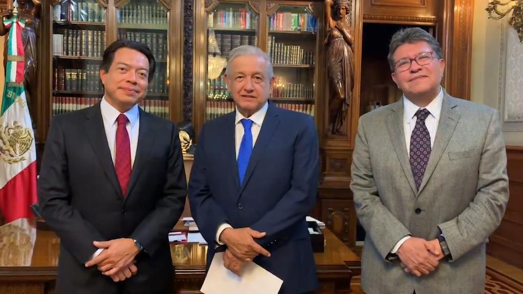Revisa AMLO agenda legislativa con Monreal y Delgado