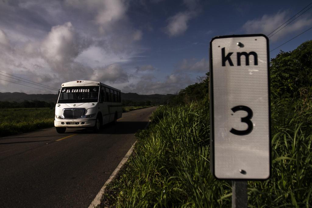 Aseguran a 116 migrantes en Tabasco; 53 son menores de edad. Noticias en tiempo real