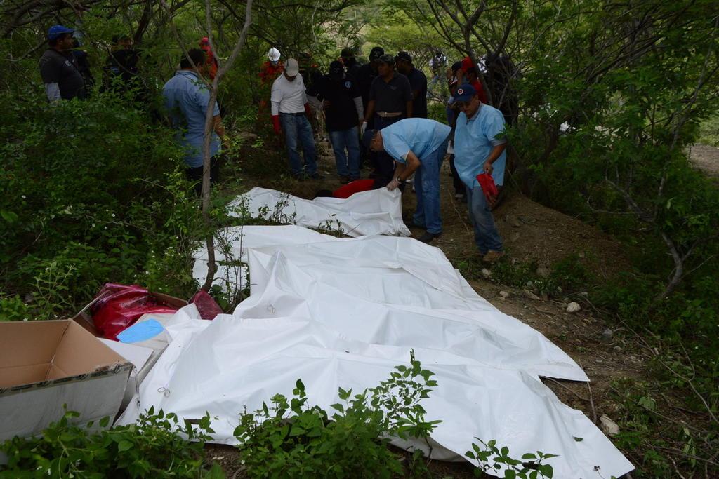 Muertos y fosas clandestinas son por el fraude de 2006: AMLO. Noticias en tiempo real