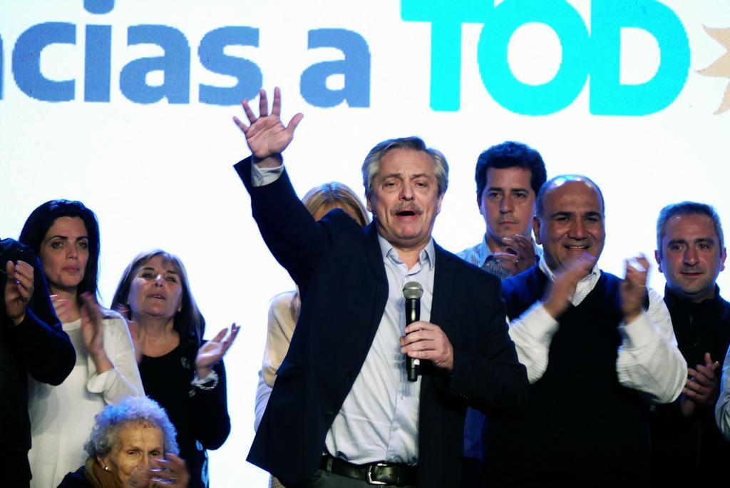 Rechaza Fernández cerrar economía argentina de ganar elección. Noticias en tiempo real