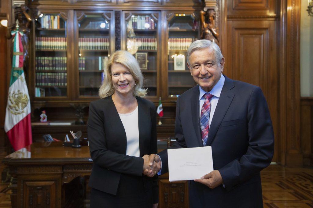 AMLO recibe cartas credenciales de seis nuevos embajadores. Noticias en tiempo real