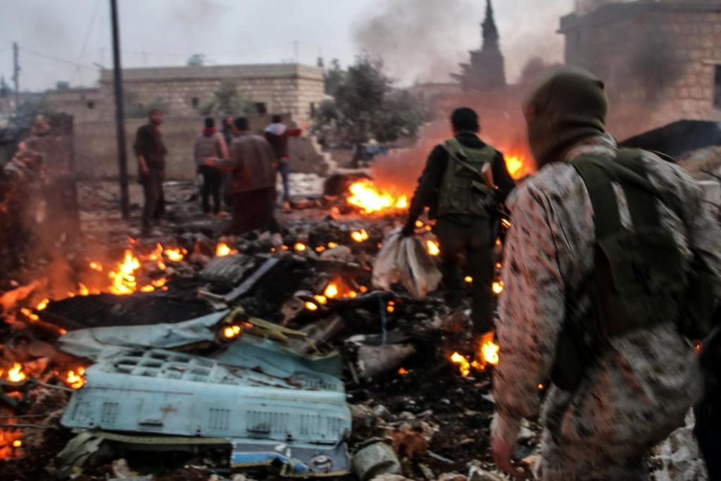 Insurgentes se retiran de Idlib ante el avance de tropas sirias. Noticias en tiempo real