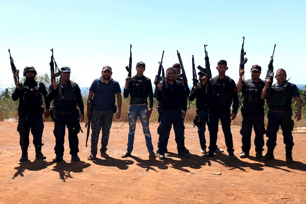 En México hay 50 autodefensas en seis estados. Noticias en tiempo real