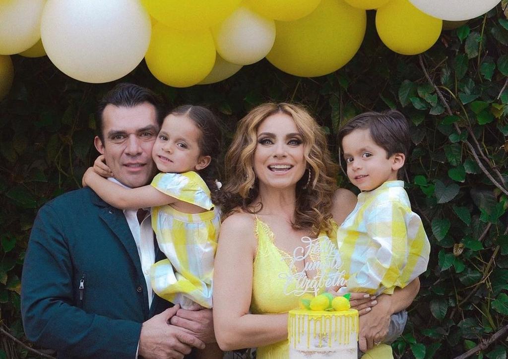 Elizabeth Álvarez festeja sus 42 años junto a su esposo y mellizos ...