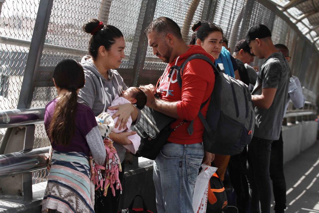 Dan luz verde a Trump para denegar el asilo a indocumentados. Noticias en tiempo real