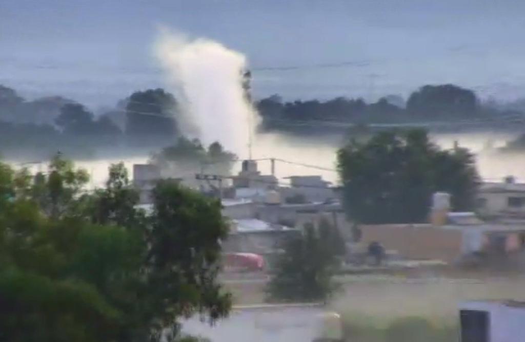 Evacuan a 500 personas en Acolman por fuga de combustible. Noticias en tiempo real