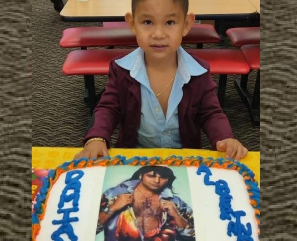 Niño festeja su cumpleaños con temática de Albertano. Noticias en tiempo real