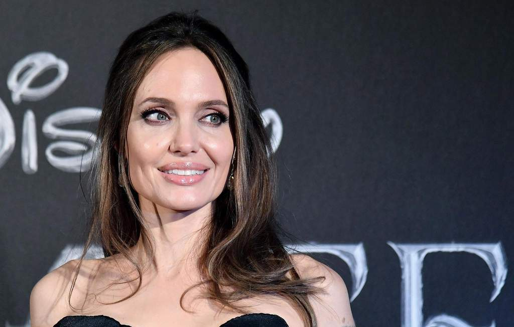 Filtran fotos de Angelina Jolie como Thena en el set de The Eternals