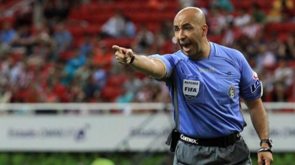Mauricio Morales es sancionado por no presentarse con el VAR. Noticias en tiempo real