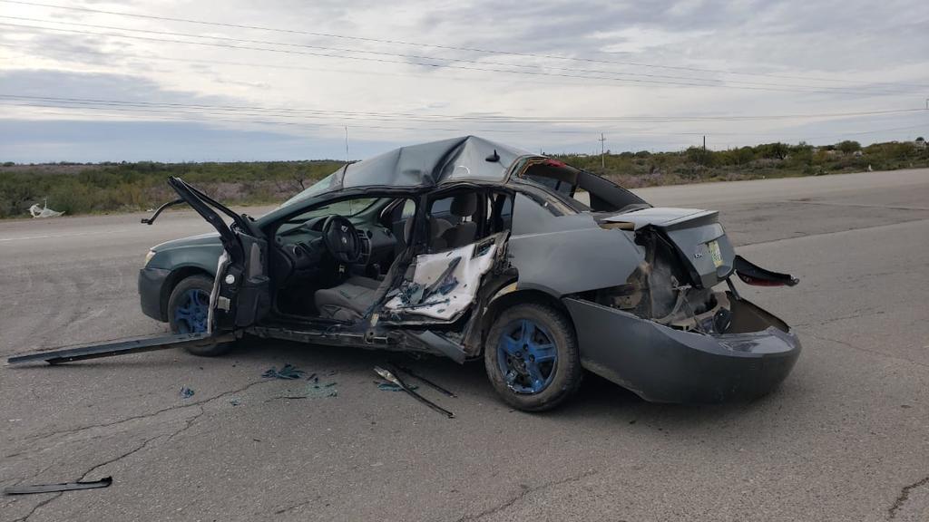Vehículo 'chueco' es embestido por camión de basura en Piedras Negras - El Siglo de Torreón