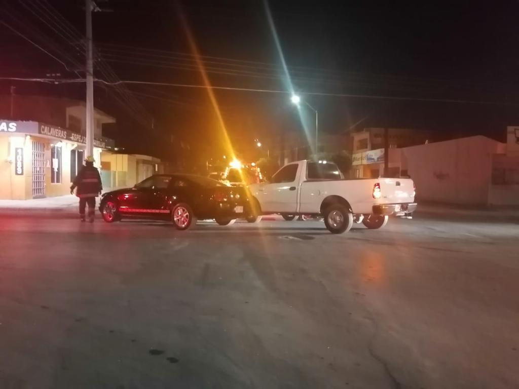 Conductor con aliento alcohólico provoca accidente en el sector